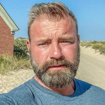 Lucas, 50, New York, United States