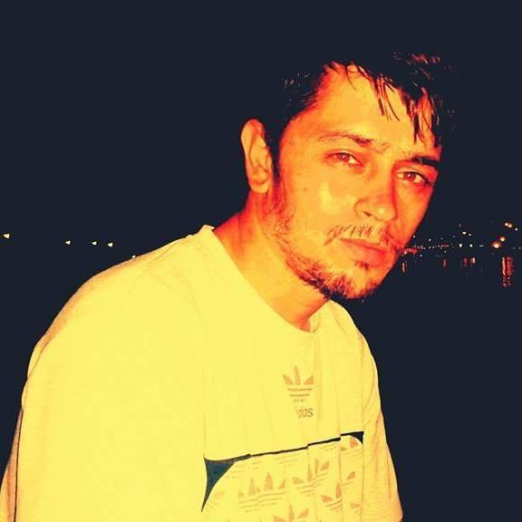 Önder Karaca, 32, Gaziantep, Turkey