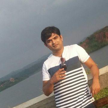 pradeep, 38, Bangalore, India