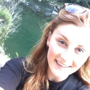Deborah Curtis, 27, Hastings, New Zealand