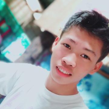 Jovanie, 18,