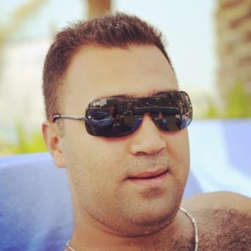 Mac, 35, Istanbul, Turkey