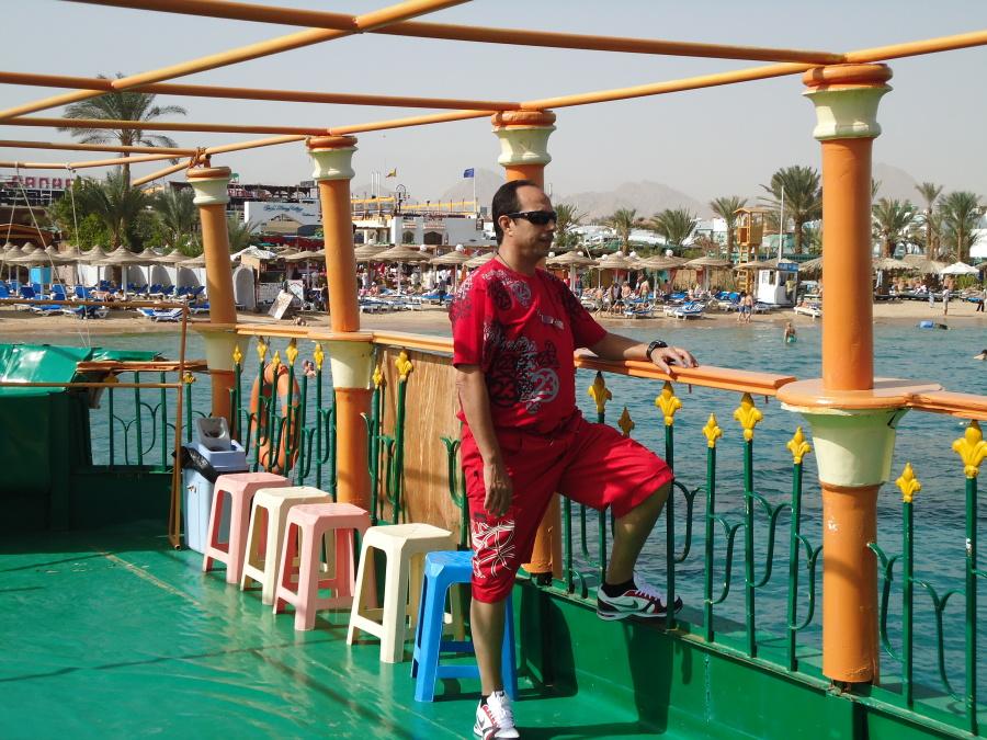 adel, 61, Alexandria, Egypt