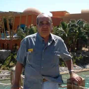 Zakaria Shedeed, 66, Cairo, Egypt