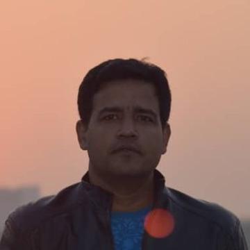 Asad, 38, Dhaka, Bangladesh