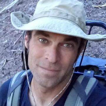 James Lynam, 35, Saint Louis, United States