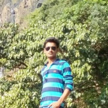 Pratik, 22, Mumbai, India