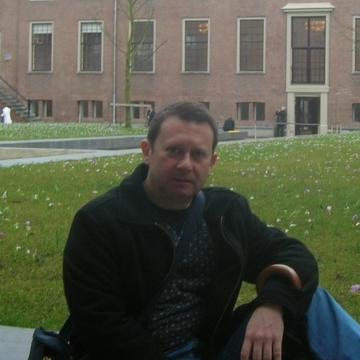 RodolfoValentino, 47, Madrid, Spain