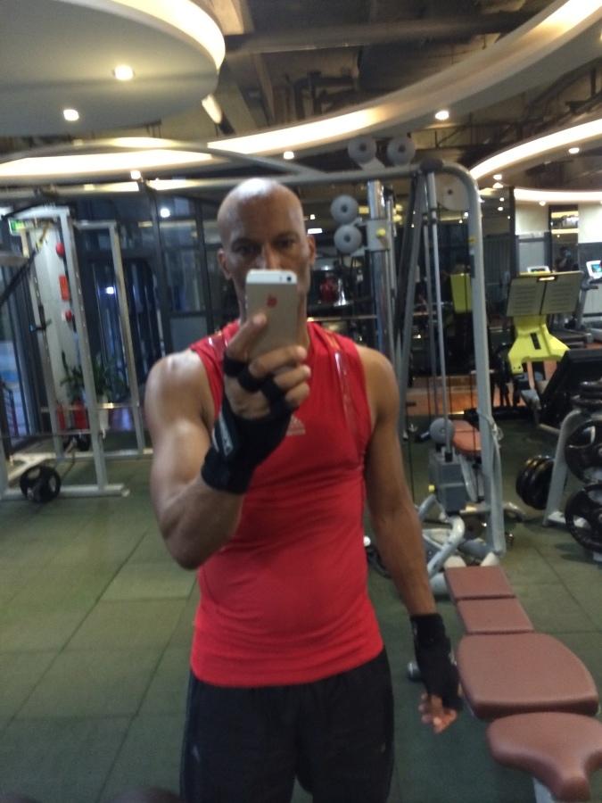Sean, 48, Dubai, United Arab Emirates
