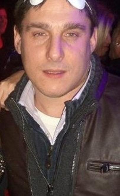 roberto, 44, Genoa, Italy