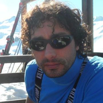 max, 46, Sestri Levante, Italy