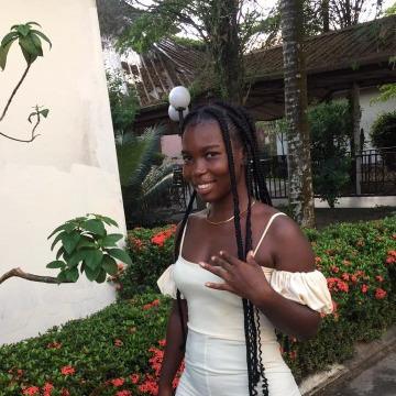 Olivia, 25, Lagos, Nigeria