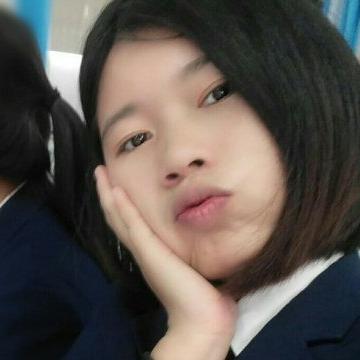 Areeya Saisap, 21, Bangkok, Thailand