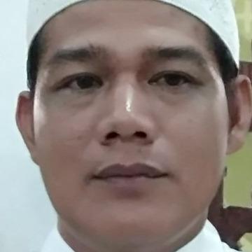 Hadri, 46, Banjarmasin, Indonesia