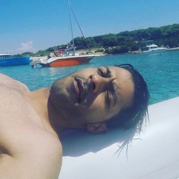 Moe Shukri, 29, Doha, Qatar