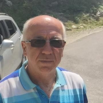 Turan, 60, Astana, Kazakhstan
