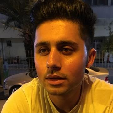 Hakan, 24, Adana, Turkey
