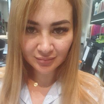 Gulshat, 35, Dubai, United Arab Emirates
