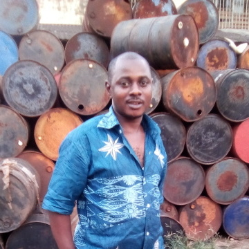 Beyonge Alex, 32, Douala, Cameroon