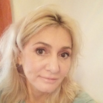 Diana, 43, Dubai, United Arab Emirates