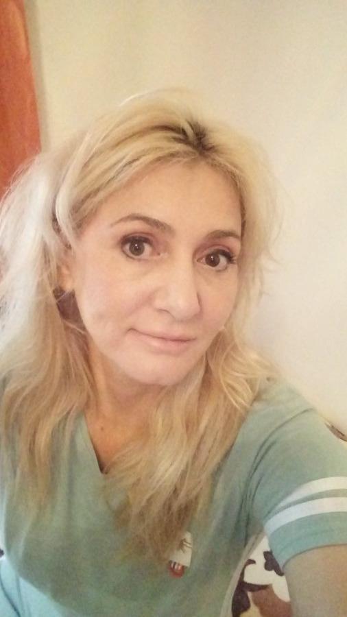 Diana, 44, Dubai, United Arab Emirates