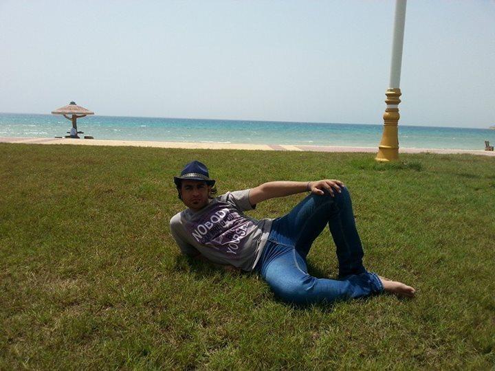 hamid, 30, Jeddah, Saudi Arabia