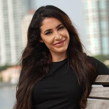 Janet, 31, Costa Mesa, United States