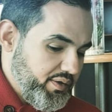 KHALED, 44, Riyadh, Saudi Arabia