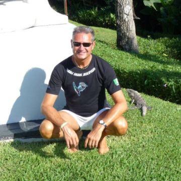 Mike Newman, 57, Bronx, United States