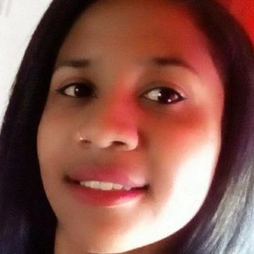 Andreia Ya, 29, Curitiba, Brazil