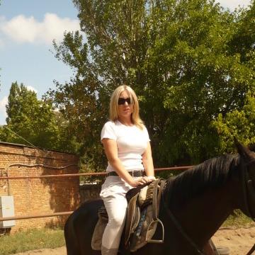 Елена, 50, Mykolaiv, Ukraine