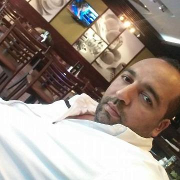 s s, 39, Doha, Qatar