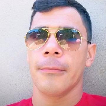 Zezinho, 34, Macae, Brazil