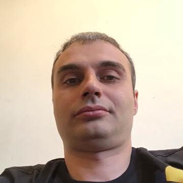 Vardan Shahmuradyan, 34, Yerevan, Armenia