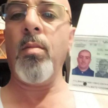 F b nazih housien, 50, Beyrouth, Lebanon