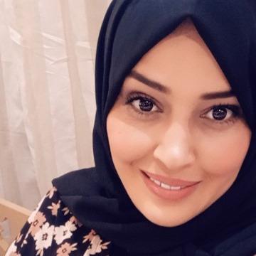 Dhouha Ben Fraj, 31, Tunis, Tunisia