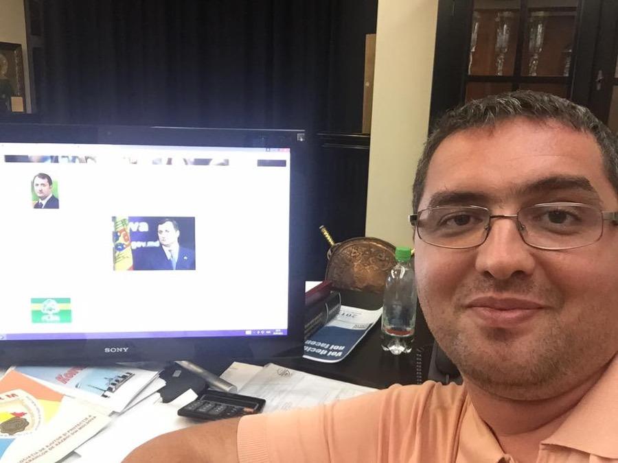 George, 52, Texas City, United States
