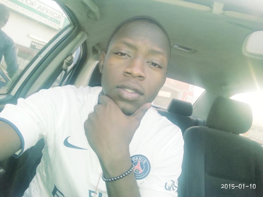 modibo, 26, Bamako, Mali