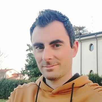 Andrea, 34, Modena, Italy