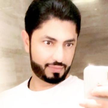 Khaled, 33, Dubai, United Arab Emirates
