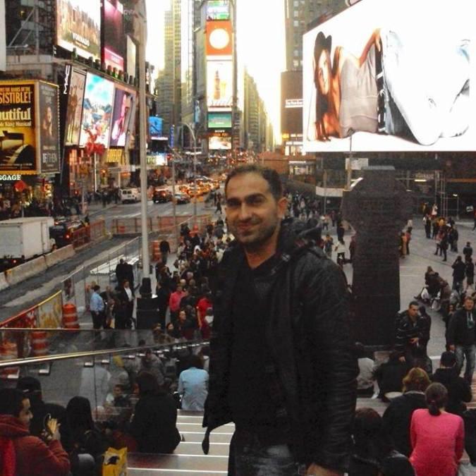 Sezgin, 37, Istanbul, Turkey