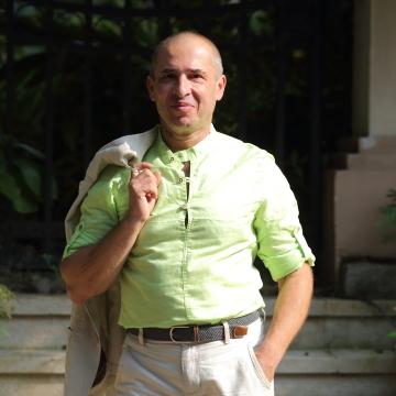 George, 43, Guangzhou, China