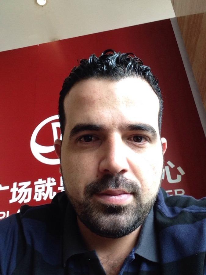 AHMAD, 35, Beyrouth, Lebanon