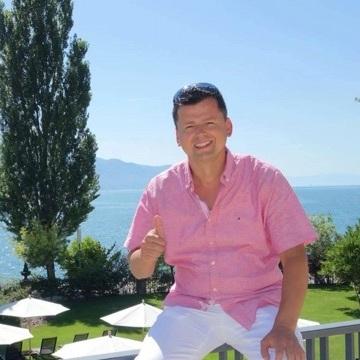 Vinko Topić, 39, Lucerne, Switzerland