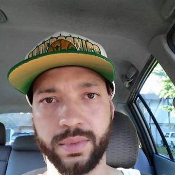 Daniel Jones, 39, Spanaway, United States