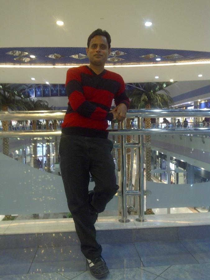 ayan shake, 32, Abu Dhabi, United Arab Emirates