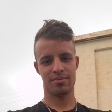 Bilal Rouji, 27, Tiaret, Algeria