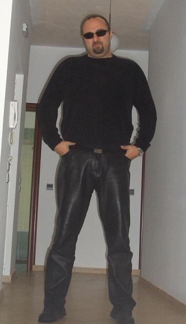 Kostas, 42, Chania, Greece