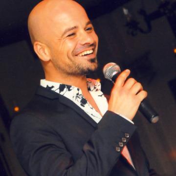 İlhan Özkan, 38, Istanbul, Turkey