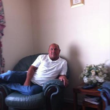 petles, 63, Ipswich, United Kingdom